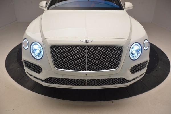 Used 2018 Bentley Bentayga Signature for sale Sold at Alfa Romeo of Westport in Westport CT 06880 17