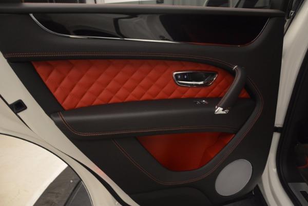 Used 2018 Bentley Bentayga Signature for sale Sold at Alfa Romeo of Westport in Westport CT 06880 28