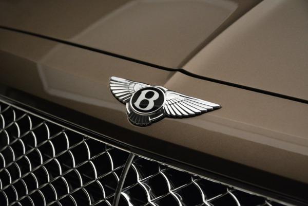 Used 2018 Bentley Bentayga W12 Signature for sale $156,900 at Alfa Romeo of Westport in Westport CT 06880 14