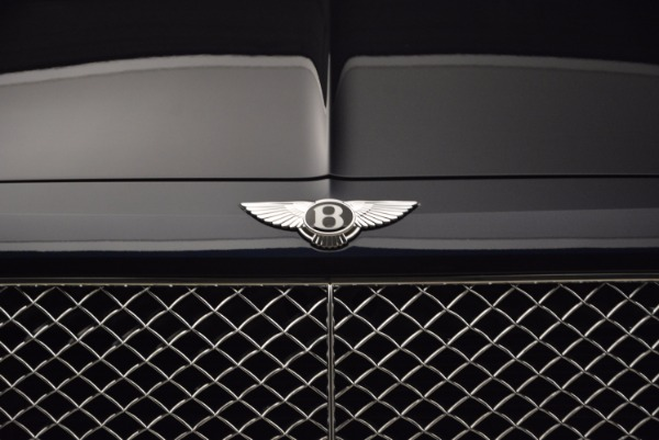 Used 2018 Bentley Bentayga W12 Signature for sale Call for price at Alfa Romeo of Westport in Westport CT 06880 14