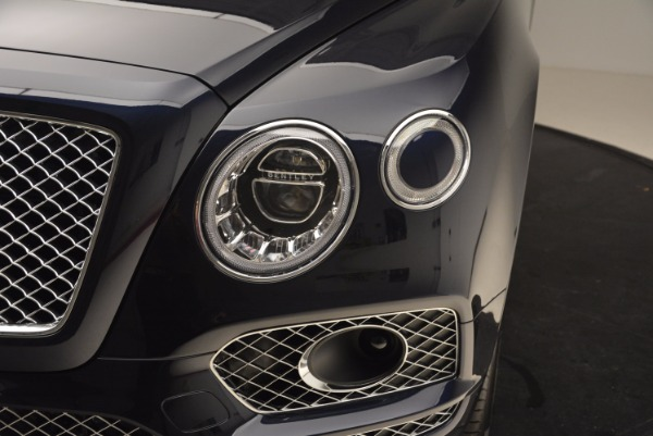 New 2018 Bentley Bentayga Signature for sale Sold at Alfa Romeo of Westport in Westport CT 06880 15