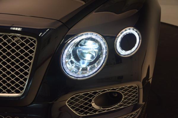 Used 2018 Bentley Bentayga W12 Signature for sale Call for price at Alfa Romeo of Westport in Westport CT 06880 16