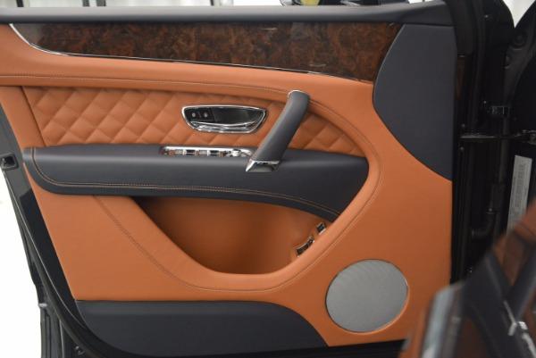 Used 2018 Bentley Bentayga W12 Signature for sale Call for price at Alfa Romeo of Westport in Westport CT 06880 21