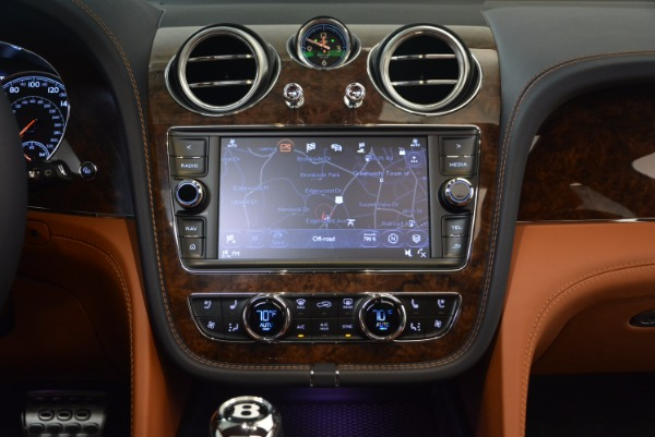 Used 2018 Bentley Bentayga W12 Signature for sale Call for price at Alfa Romeo of Westport in Westport CT 06880 26