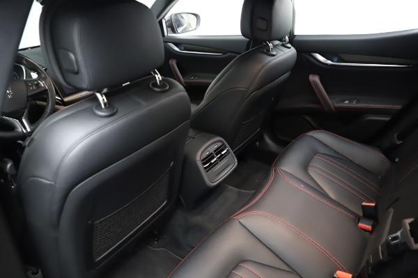 Used 2018 Maserati Ghibli S Q4 for sale Sold at Alfa Romeo of Westport in Westport CT 06880 19
