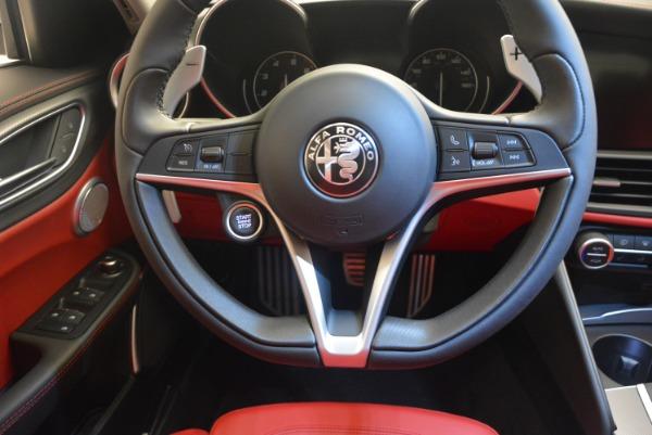 New 2018 Alfa Romeo Giulia Sport Q4 for sale Sold at Alfa Romeo of Westport in Westport CT 06880 21