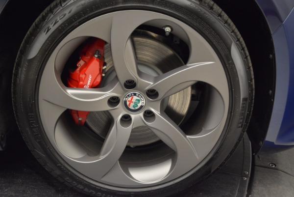New 2018 Alfa Romeo Giulia Sport Q4 for sale Sold at Alfa Romeo of Westport in Westport CT 06880 25