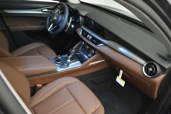 New 2018 Alfa Romeo Stelvio Sport Q4 for sale Sold at Alfa Romeo of Westport in Westport CT 06880 17