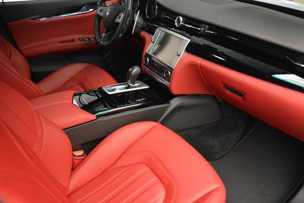 New 2016 Maserati Quattroporte S Q4  *******      DEALER'S  DEMO for sale Sold at Alfa Romeo of Westport in Westport CT 06880 22