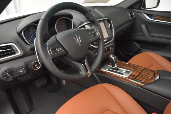 Used 2016 Maserati Ghibli S Q4 for sale Sold at Alfa Romeo of Westport in Westport CT 06880 14