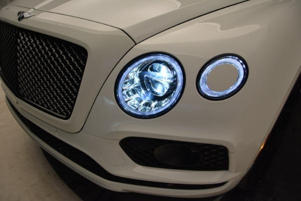 New 2018 Bentley Bentayga Black Edition for sale Sold at Alfa Romeo of Westport in Westport CT 06880 16
