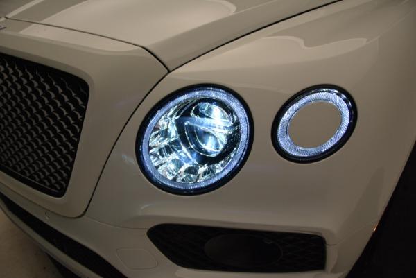 New 2018 Bentley Bentayga Black Edition for sale Sold at Alfa Romeo of Westport in Westport CT 06880 17