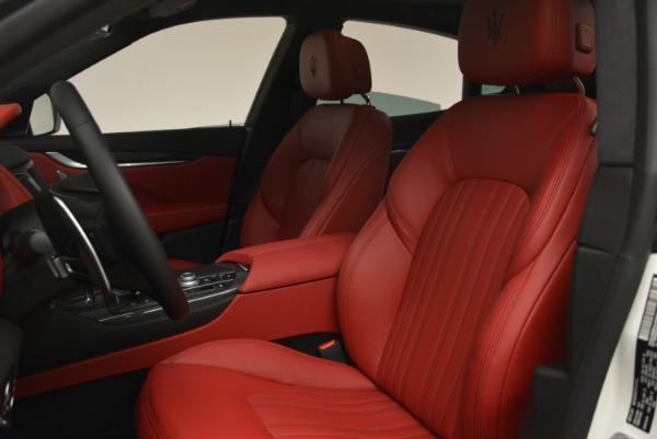 New 2018 Maserati Levante Q4 GranLusso for sale Sold at Alfa Romeo of Westport in Westport CT 06880 15
