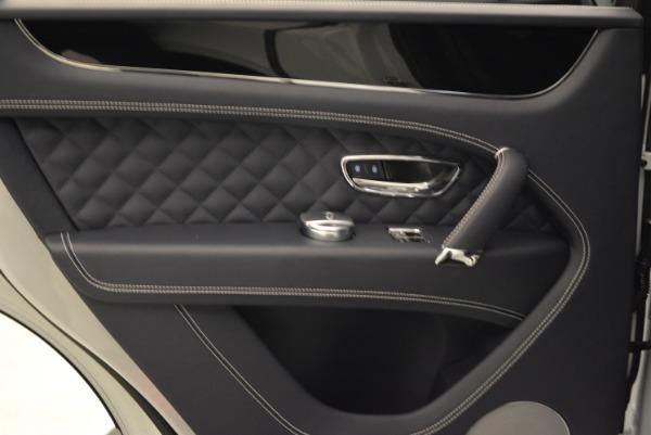 Used 2017 Bentley Bentayga for sale Sold at Alfa Romeo of Westport in Westport CT 06880 23