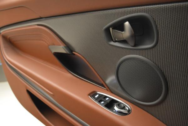 Used 2018 Aston Martin DB11 V12 for sale $169,990 at Alfa Romeo of Westport in Westport CT 06880 16