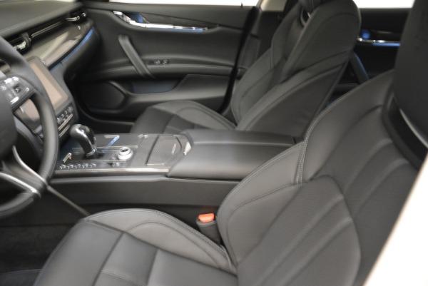 Used 2018 Maserati Quattroporte S Q4 Gransport for sale $69,900 at Alfa Romeo of Westport in Westport CT 06880 13