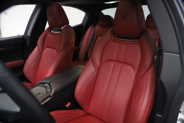 Used 2018 Maserati Ghibli S Q4 GranSport for sale Call for price at Alfa Romeo of Westport in Westport CT 06880 15