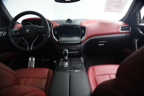 Used 2018 Maserati Ghibli S Q4 GranSport for sale Call for price at Alfa Romeo of Westport in Westport CT 06880 16