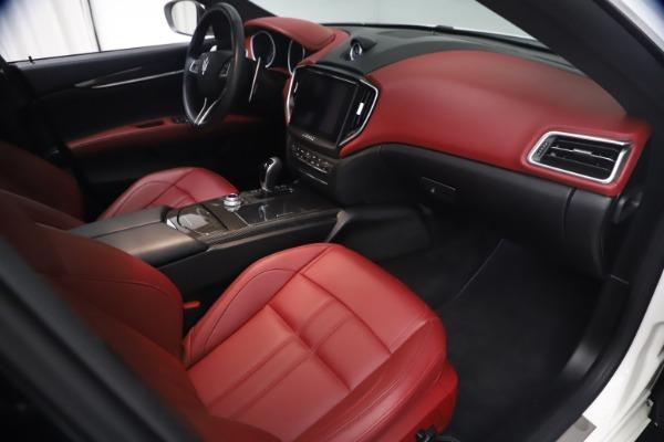 Used 2018 Maserati Ghibli S Q4 GranSport for sale Call for price at Alfa Romeo of Westport in Westport CT 06880 22