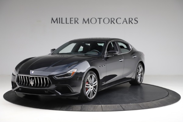 Used 2018 Maserati Ghibli S Q4 Gransport for sale $55,900 at Alfa Romeo of Westport in Westport CT 06880 2