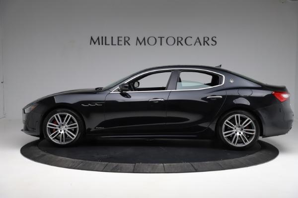 Used 2018 Maserati Ghibli S Q4 Gransport for sale $55,900 at Alfa Romeo of Westport in Westport CT 06880 3