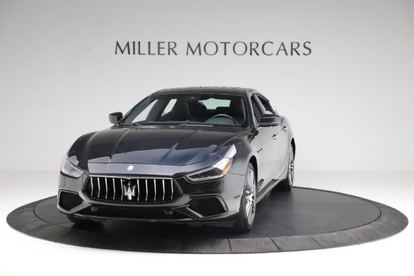 Used 2018 Maserati Ghibli S Q4 Gransport for sale $55,900 at Alfa Romeo of Westport in Westport CT 06880 1