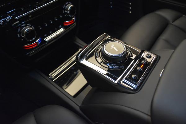 Used 2018 Rolls-Royce Phantom for sale Sold at Alfa Romeo of Westport in Westport CT 06880 15