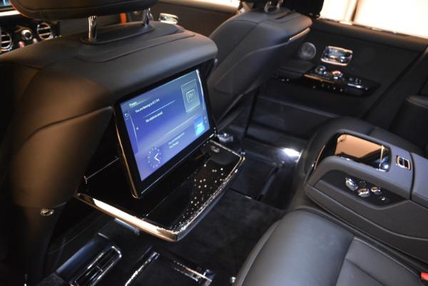 Used 2018 Rolls-Royce Phantom for sale Sold at Alfa Romeo of Westport in Westport CT 06880 18