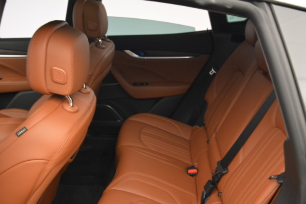 New 2018 Maserati Levante S Q4 GranLusso for sale Sold at Alfa Romeo of Westport in Westport CT 06880 17