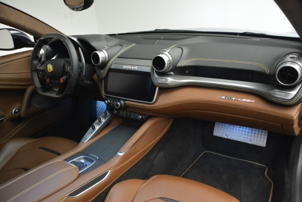 Used 2017 Ferrari GTC4Lusso for sale Sold at Alfa Romeo of Westport in Westport CT 06880 18