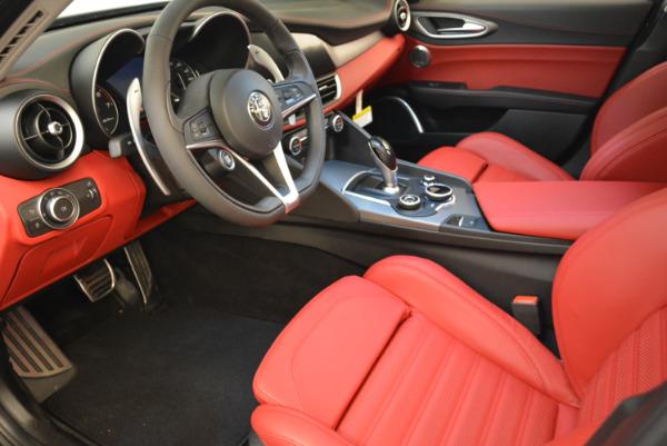 New 2018 Alfa Romeo Giulia Ti Sport Q4 for sale Sold at Alfa Romeo of Westport in Westport CT 06880 13