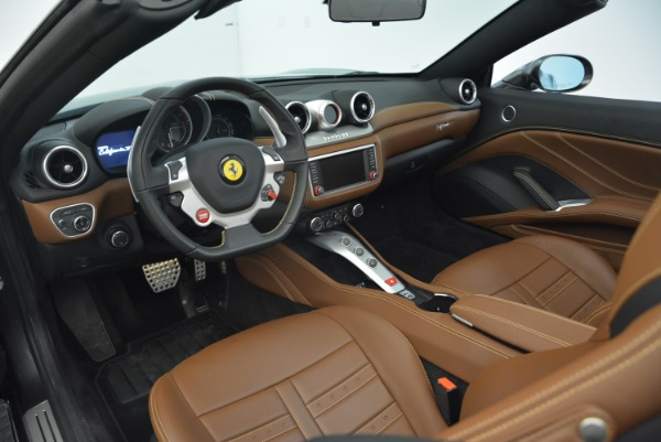 Used 2016 Ferrari California T for sale Sold at Alfa Romeo of Westport in Westport CT 06880 25