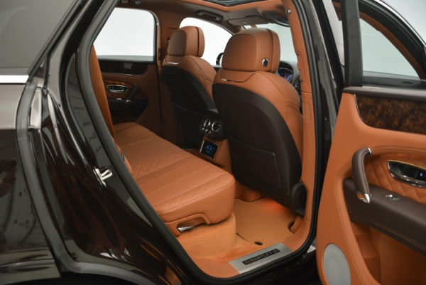 New 2018 Bentley Bentayga Signature for sale Sold at Alfa Romeo of Westport in Westport CT 06880 16