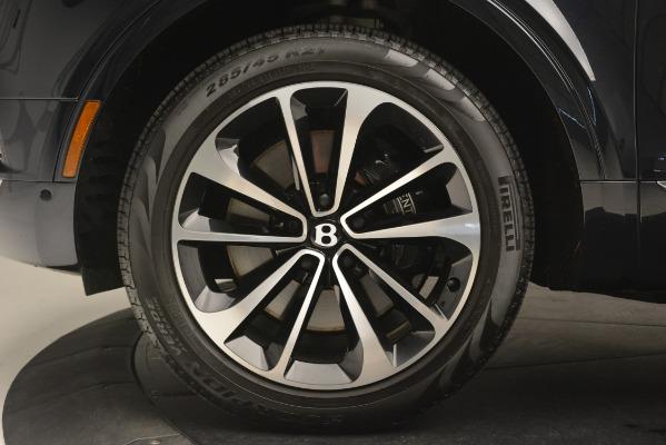 Used 2018 Bentley Bentayga Signature for sale Sold at Alfa Romeo of Westport in Westport CT 06880 15
