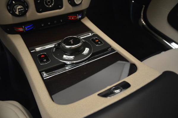 Used 2015 Rolls-Royce Wraith for sale Sold at Alfa Romeo of Westport in Westport CT 06880 19