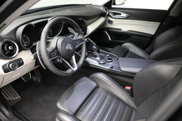 Used 2018 Alfa Romeo Giulia Ti Sport Q4 for sale $34,900 at Alfa Romeo of Westport in Westport CT 06880 12