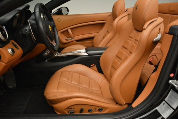 Used 2014 Ferrari California 30 for sale Sold at Alfa Romeo of Westport in Westport CT 06880 26