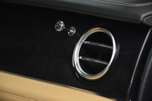 New 2019 Bentley Bentayga V8 for sale Sold at Alfa Romeo of Westport in Westport CT 06880 24