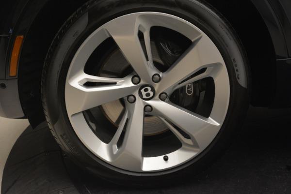 Used 2018 Bentley Bentayga W12 Signature for sale Sold at Alfa Romeo of Westport in Westport CT 06880 14