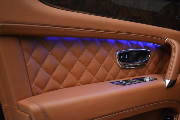 Used 2018 Bentley Bentayga W12 Signature for sale Sold at Alfa Romeo of Westport in Westport CT 06880 16