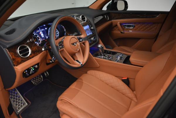 Used 2018 Bentley Bentayga W12 Signature for sale Sold at Alfa Romeo of Westport in Westport CT 06880 17