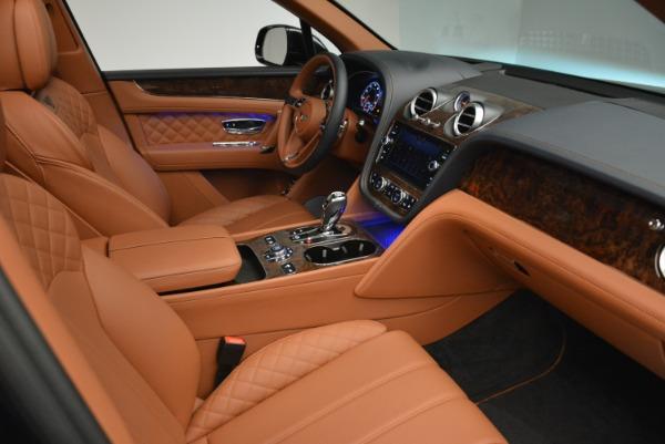 Used 2018 Bentley Bentayga W12 Signature for sale Sold at Alfa Romeo of Westport in Westport CT 06880 24