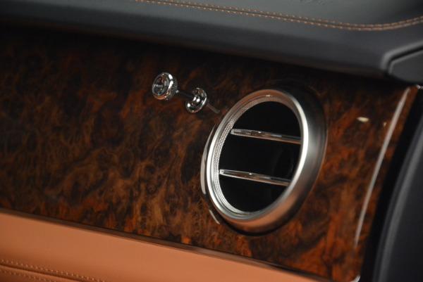 Used 2018 Bentley Bentayga W12 Signature for sale Sold at Alfa Romeo of Westport in Westport CT 06880 28