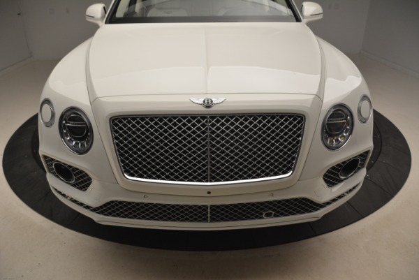 Used 2018 Bentley Bentayga Signature for sale Sold at Alfa Romeo of Westport in Westport CT 06880 13
