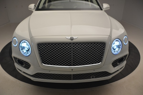 Used 2018 Bentley Bentayga Signature for sale Sold at Alfa Romeo of Westport in Westport CT 06880 14