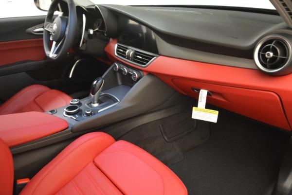 New 2018 Alfa Romeo Giulia Ti Sport Q4 for sale Sold at Alfa Romeo of Westport in Westport CT 06880 19