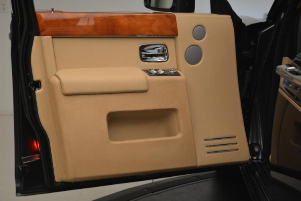 Used 2013 Rolls-Royce Phantom for sale Sold at Alfa Romeo of Westport in Westport CT 06880 13