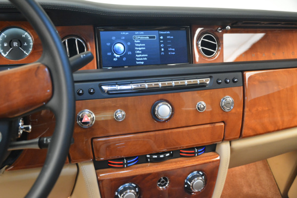 Used 2013 Rolls-Royce Phantom for sale Sold at Alfa Romeo of Westport in Westport CT 06880 16
