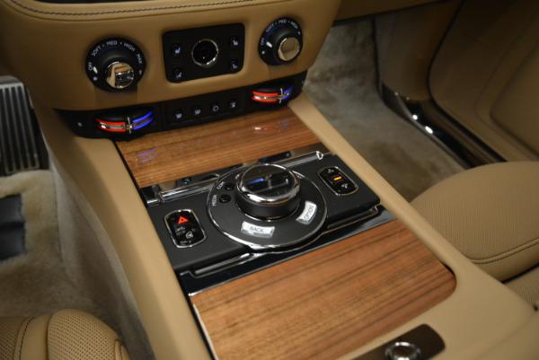 Used 2018 Rolls-Royce Ghost for sale Sold at Alfa Romeo of Westport in Westport CT 06880 19