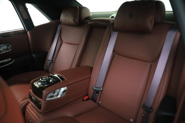 Used 2016 Rolls-Royce Ghost for sale $169,900 at Alfa Romeo of Westport in Westport CT 06880 15